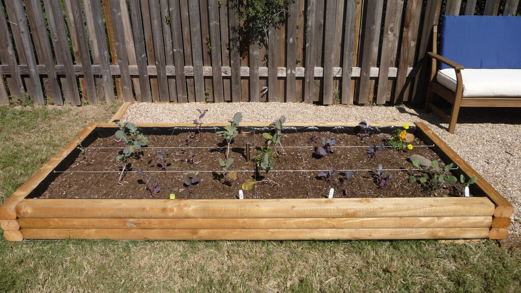 finishing off planter box