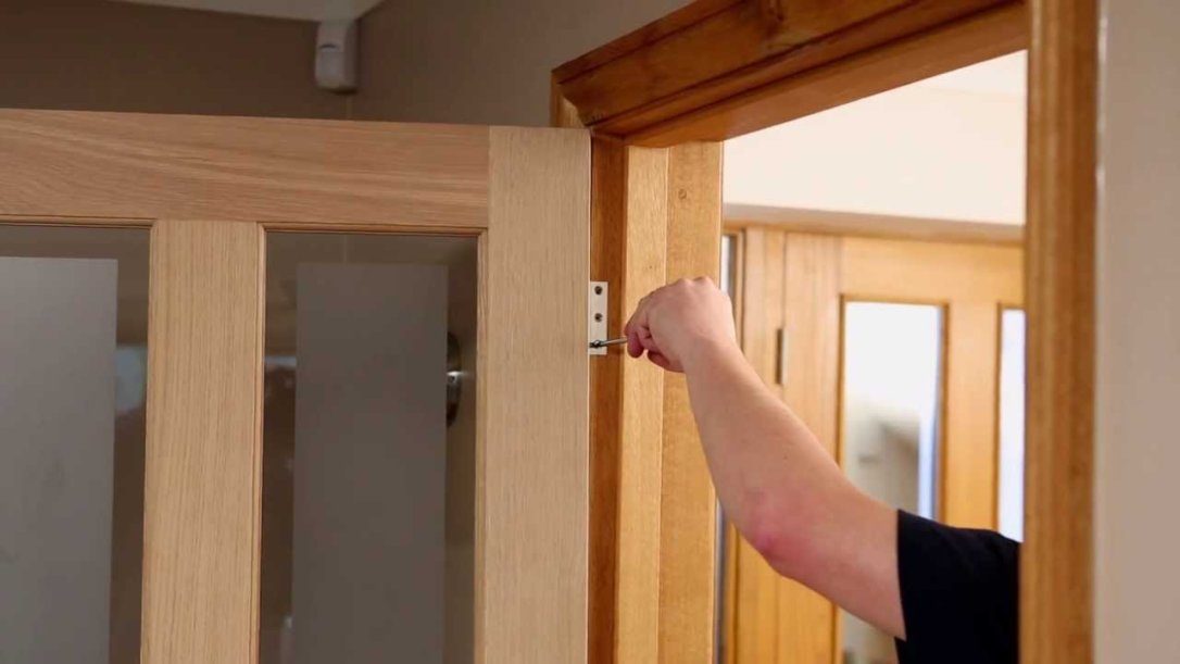 A Simple Guide To Hanging A New Internal Door Tankless Geek